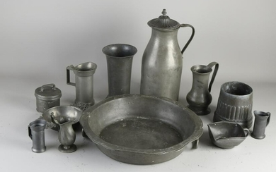 Ten volumes of various old and antique pewter.&#160