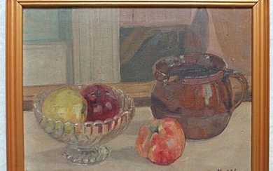 Unknown painter, 20th century: Still life. Signed H.W. Oil on canvas, 31×41 cm. Frame size 36.5×46.5 cm.