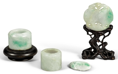 A STUDY GROUP OF FOUR JADEITE CARVINGS LATE QING DYNASTY | 晚清 翠玉雕飾一組四件