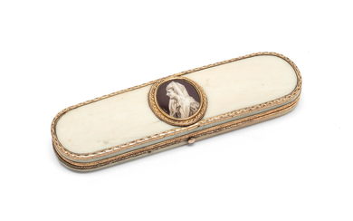 A gold-mounted ivory tooth-pick case