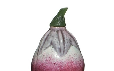 Chinese Melon-Shaped Snuff Bottle, 19th Century