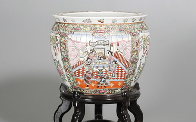 Chinese porcelain jardiniere, third quarter of the 20th Century.