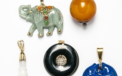 Group of Gold-mounted and Hardstone Jewelry