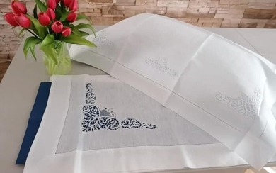 Museum single sheet includes 1 pillowcase in pure linen with hand-embroidered Cantu ' - Linen - 21st century