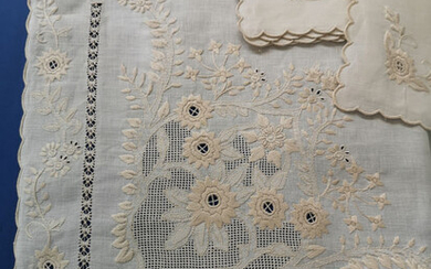 Rich x12 tablecloth (with 24 napkins) in pure linen with Punto Rodi embroidery and Punto da Mano - Linen - AFTER 2000