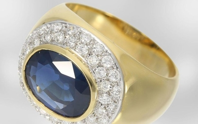 Ring: classic high-quality sapphire ring with diamonds, total...