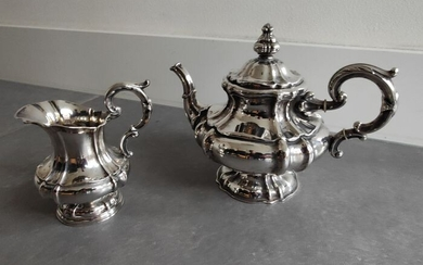 Silver Teapot and milk jug - .813 silver - Germany - Second half 19th century
