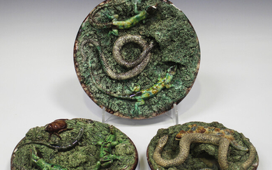 Three majolica Portuguese Palissy Ware dishes, late 19th century, each applied with various reptiles