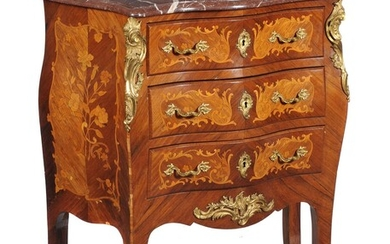 Y A kingwood and floral marquetry inlaid commode in Louis XV style