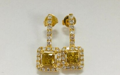 14ct Yellow Gold Diamond drop earrings featuring centre,...