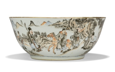 A CHINESE GRISAILLE AND ENAMEL PORCELAIN LARGE PUNCH BOWL, EARLY 19TH CENTURY