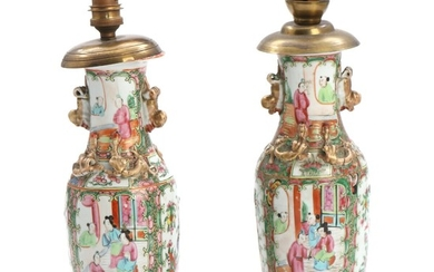 A pair of Chinese export porcelain vases, decorated in colours and gold. Mounted as table lamps. 19th-20th century. H. excluding mounting 25.5 cm. (2)