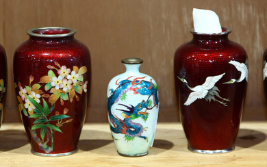 Japanese One shelf of Cloisonne Red Ginbari Vases