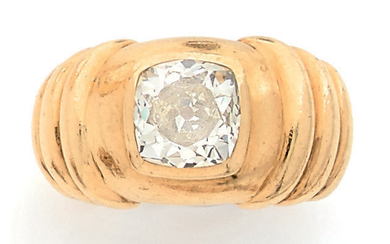 Yellow gold ring (750) with three gadroons and...