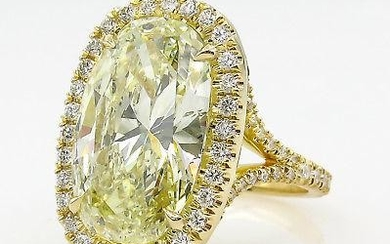 7.09ct Estate Vintage Fancy Yellow Oval Diamond Halo