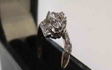"9ct yellow & white gold, CZ ""Panther head"" set ring Approx ..."