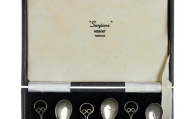 A BOXED SET OF SIX STERLING SILVER COFFEE SPOONS BY SARGISONS, HOBART