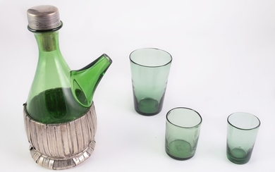 A Empoli green glass lot