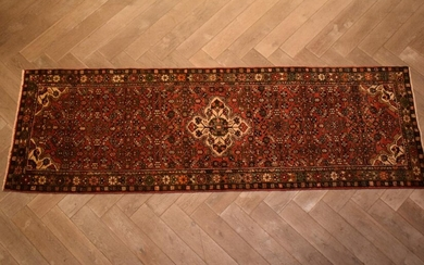 A PERSIAN ENJELAS HALL RUNNER. 100% WOOL. DENSE PILE. SOLID & HARD-WEARING. EX-GALLERY STOCK. IN EXCELLENT CONDITION. HAND-KNOTTED V...