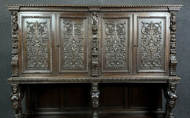 Buffet - Renaissance style in dresser - Natural wood with dark patina - Second half 19th century