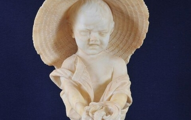 Bust, a crying girl - Victorian - Marble - Second half 19th century