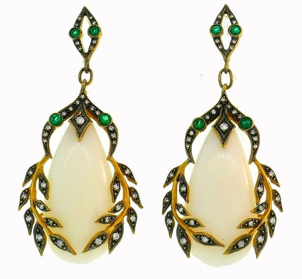Cathy WATERMAN Coral Yellow Gold EARRINGS with Emerald