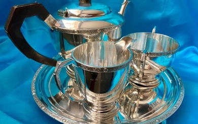 Celtic revival band applied sterling silver tea service on tray(4) - .925 silver, wood handle for the tea pot - CB Thomas & Co Birmingham, Adie Brothers, Hugh Crowshow, Sheffield- U.K. - 1939, 1949, 1999