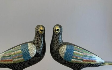 Magpies(2) - Cloisonne enamel - Magpie - An attractive pair of Chinese cloisonne magpies - China - c. 1800