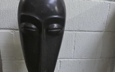 Marble Pacific island style head 70H cm (very heavy)