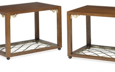 Niels Holger Rasmussen: A pair of stained oak Art Deco coffee tables. Corners decorated with gilt ornamentation, bottom with pleated brass ribbons. (2)