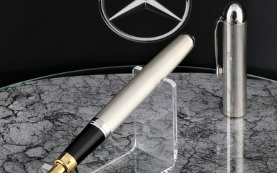 Old Mercedes Benz Daimler car 925 Sterling Silver Polished in new Condition- Fountain pen - High Price & Exclusive Car pen 18K Goldplated Iridium Nib - Limited Editionof 1