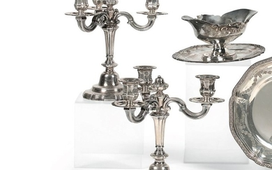 Pair of candelabra end table lamps with three...