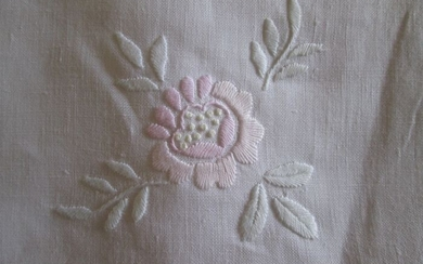 hand-embroidered pure linen tablecloth - Linen - Second half 20th century