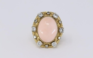 18Kt Art Deco Diamond Ring with Coral Stone