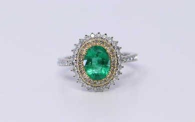 18Kt Ring- Emerald & Diamonds