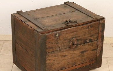 18th century oak cash box with large lock and double