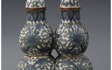 A Chinese Cloisonne Double-Gourd Snuff Bottle (Qing Dynasty)