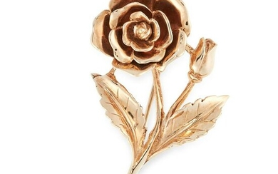 A ROSE BROOCH in 9ct yellow gold, designed as a rose