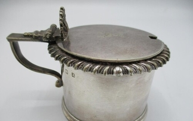 This lot has been withdrawn Victorian silver mustard pot, L...