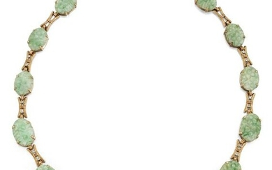 AN EARLY 20TH CENTURY JADE AND DIAMOND NECKLACE, the