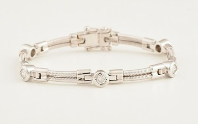 Diamond, 18k White Gold Bracelet.