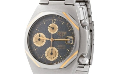 Heuer. Innovative and Unusual Quartz Chronograph Wristwatch in Titanium and Yellow Gold, Reference 225 206