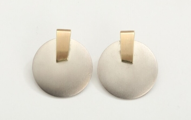 Toftegaard: A pair of 14k gold and sterling silver clip-on earrings. L. 3.2 cm. (2)...