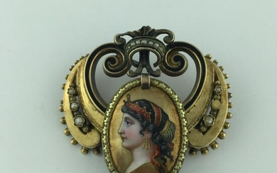 Victorian yellow gold brooch