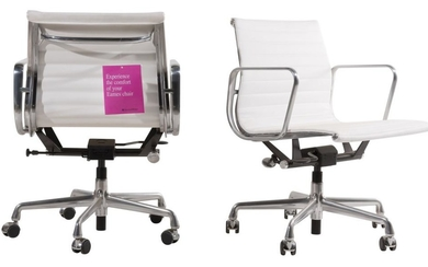 CHARLES & RAY EAMES PAIR OF 'EA306' CHAIRS FOR HERMAN MILLER