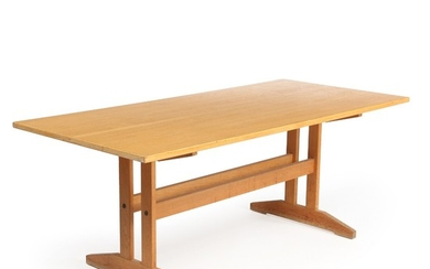Danish furniture design: Dining table with shaker frame of oak. H. 72 cm. L. 185 cm. D. 85 cm