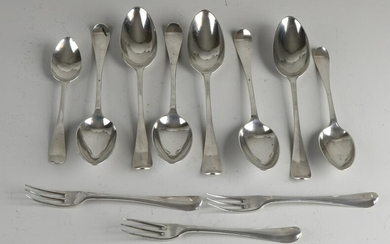 Lot of antique cutlery, 18th century, with 6 table