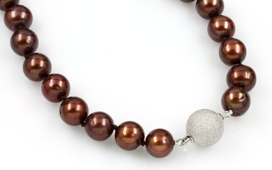 Necklace with cultured tahitian pearls , brown...