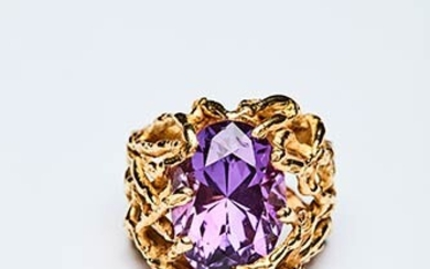 RING WITH AMETHYST Handcrafted ring made in Italy in the...