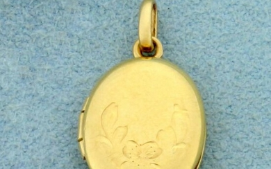 Vintage Etched Locket in 14K yellow Gold